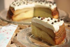 Tort cu crema de zahar ars (love this) Romanian Food, Romanian Recipes, Homemade Cakes, Easy Desserts, Cake Recipes, Delish, Caramel, Cheesecake, Good Food