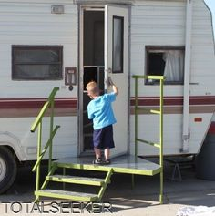portable camper steps, RV Porch with Steps (make portable) great for long term situations. Camping Hacks, Travel Trailer Camping, Camping Glamping, Rv Travel, Roadtrip, Travel Trailers, Camping Ideas, Rv Hacks, Camper Steps