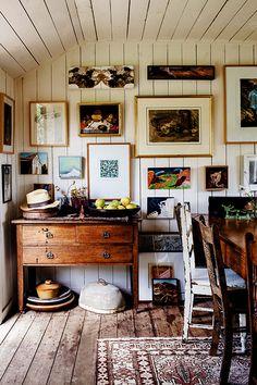 52 Simple Bookshelf Design Ideas That are Popular Today - Home-dsgn Simple Bookshelf, Bookshelf Design, Office Bookshelves, Interior Design Inspiration, Home Interior Design, Interior Decorating, Design Ideas, Interior Colors, Decorating Games