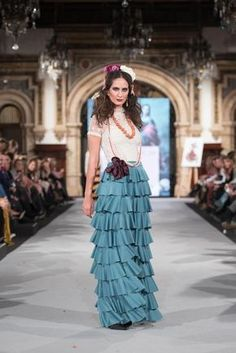 We Love Flamenco 2020 - Sevilla Skirt Fashion, Fashion Dresses, Spanish Fashion, Fashion Project, Tiered Skirts, Dress Codes, Ruffles, Elegant, Outfits
