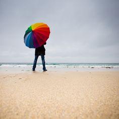 Thinking on the rain... by Zeeyolq Photography