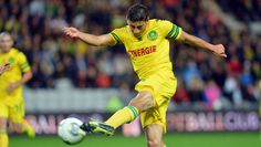 Bedoya scored a golazo in the 8th minute for his Ligue 1 team, Nantes, at the Parc des Princes vs. none other than Zlatan Ibrahimovic and Paris Saint-Germain
