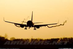 Boeing 737-8K2 aircraft picture