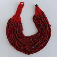 Collana in cotone e seta collana perle in vetro fatta di knotLAB - tricotin