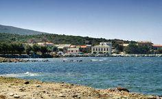 Region de Saint-Florent - Cap Corse - Ersa-Barcaggio  - Barcaggio (Barcaghju) existait déjà six siècles avant notre ère. Il s'appelait alors Barcaliu, U Varcaliu. La tradition dit que l'apôtre saint Pierre aurait fait escale à Barcaggio.