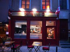 PoutineBros, à Rennes (lun-sam: 11h-23h).