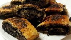 Myslíme si, že by sa vám mohli páčiť tieto piny - sbel Strudel, Holiday Desserts, New Recipes, Deserts, Dessert Recipes, Food And Drink, Sweets, Bread, Baking