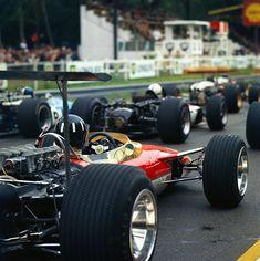Graham Hill - Lotus 49B - 1968 - French GP (Rouen) [906x908]
