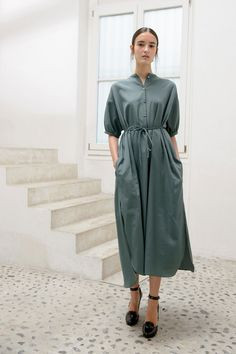 86d78c149c Maxi shirt-dress in light cotton twill   Wedge sandals in calf leather