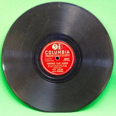 1941 Columbia Shellac 78 RPM Record, Remember Pearl Harbor PlayRated G+