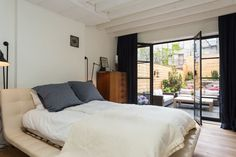 Check out this awesome listing on Airbnb: 1700sf Brownstone Huge Garden - Townhouses for Rent in Brooklyn
