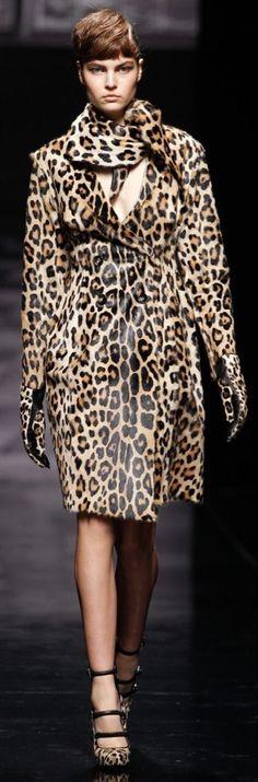 Animal Print Outfits, Animal Print Fashion, Fashion Prints, Animal Prints, Cheetah Skirt, Leopard Dress, Military Costumes, Purple Animals, Leopard Fashion