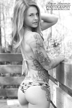 Christmas Abbott - Proving that women that crossfit are beautiful not bulky! Christmas Abbott, Crossfit Inspiration, Fitness Inspiration, Sexy Tattoos, Girl Tattoos, Superstar, Crossfit Motivation, Body Motivation, Crossfit Women
