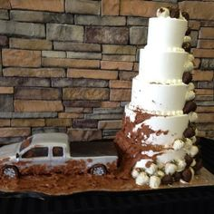 Awesome redneck wedding cake idea I'm totally doing something like this for my wedding. I think a hay bale shaped cake with horses eating it would be better lol Redneck Wedding Cakes, Country Wedding Cakes, Rustic Wedding, Our Wedding, Dream Wedding, Redneck Weddings, Wedding Stuff, Country Weddings, Country Wedding Groomsmen