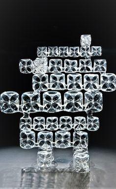 Věra Lišková - Game of Dice ( Hra kostek) 1981 Art Of Glass, Cut Glass, Corning Museum Of Glass, Art Of Beauty, Hand Blown Glass, Czech Glass, Artist At Work, Art Forms, Dice