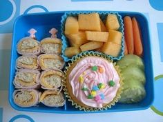 I would happily nom all things in this bento.  Especially the cupcake.