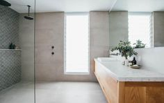 Style, colours, feature wall, large mirror, large format tile