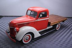 1942 Ford Flatbed truck