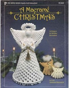 16 Macrame Christmas Holiday Decoration Projects - Patterns - Wreaths, Tree-top Angel, Ornaments More #christmas #macramepatterns #macrame