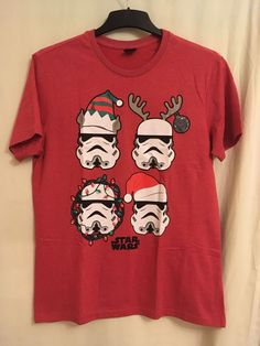 ed106edc785b Mens Medium Red Star Wars Storm Troopers Christmas T-Shirt