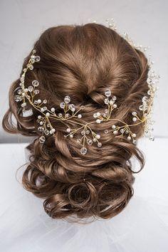 Ideas For Hair Prom Headband Accessories Romantic Wedding Hair, Long Hair Wedding Styles, Wedding Hair Down, Wedding Hair Pieces, Wedding Veils, Headpiece Jewelry, Hair Jewelry, Bridal Jewelry, Bridal Hair Vine