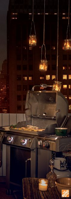 Compact size, big cooking power and even heat distribution make achieving beautiful grill marks easy on the Weber Genesis E-240. Shop now at HomeDepot.ca.