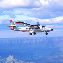 Grand Canyon Deluxe Air and Ground Tour with This upgraded version of the Grand Canyon Deluxe Air and Ground Tour includes a 30 minute Grand Canyon helicopter flight along the North Rim. Yoursquo