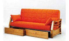 Sofa cama con cajones. Sofa cama tres plazas. Sofa cama tapizado en tela de color naranja.