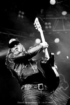 Nicke Andersson. Hellacopters, Entombed, Death Breath