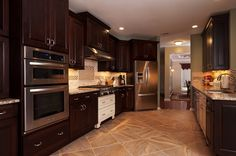 Are You Afraid Of The Dark? Black Kitchens Are A HOT #KitchenTrend! http://blog.akatlanta.com/2014/10/are-you-afraid-of-dark-black-kitchens.html