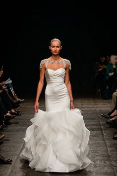there are not enough words to describe HOW MUCH I LOVE THIS DRESS!!!! (hayley paige 2013)