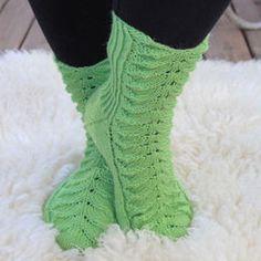 Lämpimät villasukat Socks, Clothes, Fashion, Outfits, Moda, Clothing, Fashion Styles, Kleding, Sock