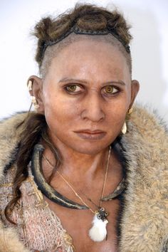 'The woman from the Pataud shelter,' thought to have lived between 47,000 and 17,000 years ago, was reconstructed in silicone by Elisabeth Daynes. | AFP-JIJI