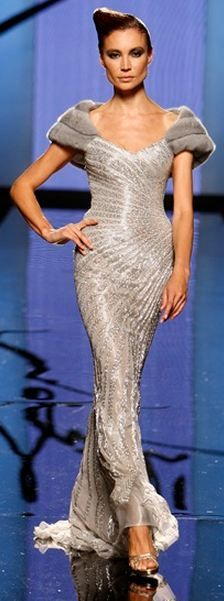 Fausto Sarli Haute Couture Fall Winter 2008/2009 collection Runway Fashion, High Fashion, Womens Fashion, Mode Glamour, Dress Vestidos, Couture Collection, Evening Dresses, Long Dresses, Elegant Dresses