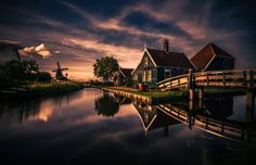 Zaanse Schans Holland.  City and architecture photo by remoscarfo http://rarme.com/?F9gZi