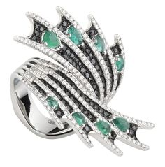 Stephen Webster 18-carat White Gold Jewels Verne Fan Ring with Black and White Diamonds and Emeralds.