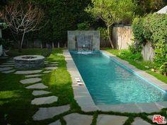 Backyard Pool Landscaping, Backyard Pool Designs, Swimming Pools Backyard, Ponds Backyard, Backyard Ideas, Lap Pools, Landscaping Ideas, Small Backyard Design, Small Backyard Patio
