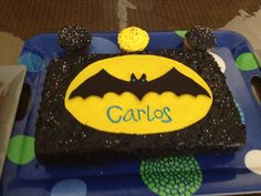 DIY Batman Cake! For his birthday :)