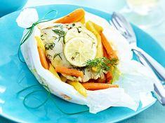 Seelachsfilet mit gedünstetem Gemüse Rezept | LECKER