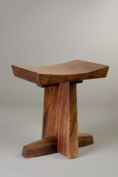 Orchard salvaged claro walnut stool handmade by Brian Hubel, Colorado Springs, Colorado Handmade Wood Furniture, Woodworking Furniture, Unique Furniture, Wooden Furniture, Furniture Dolly, Luxury Furniture, Wooden Projects, Furniture Projects, Furniture Plans