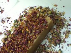 Luxury soap logs with Rose buds Luxury Soap, Logs, Rose Buds, Bath And Body, Mexican, Treats, Ethnic Recipes, Gardens, Sweet Like Candy