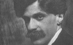 Alfred Stieglitz's significance lies as much in his work as a modernist exhibition organizer as it does in his career as a modern photographer. Most Famous Photographers, Modern Photographers, Cubist Drawing, Straight Photography, Georgia O Keeffe, Alfred Stieglitz, Working Class, New York Street, Romanticism