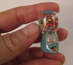 miniature dolls Pin by Meredith Steiner on Mini Miniature Crafts, Miniature Food, Miniature Dolls, Doll Crafts, Diy Doll, Clay Crafts, Clay Miniatures, Dollhouse Miniatures, Mini Choses