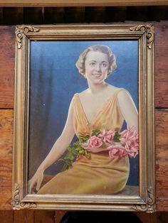 Breathtaking portrait of a lady by stuffinthetrunk on Etsy, $18.00
