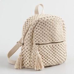 An eye-catching and useful accessory, our exclusive macramé backpack is an effo. - An eye-catching and useful accessory, our exclusive macramé backpack is an effortless way to hold - Crochet Backpack Pattern, Free Crochet Bag, Tote Pattern, Crochet Case, Crochet Granny, Knit Crochet, Crochet Handbags, Crochet Purses, Crochet Designs
