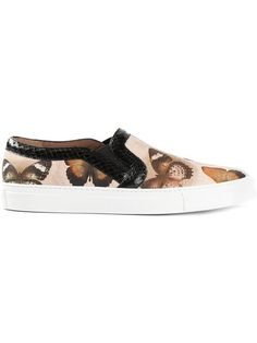 Shop Givenchy butterfly print sneakers in O' from the world's best independent boutiques at farfetch.com. Over 1000 designers from 60 boutiques in one website.