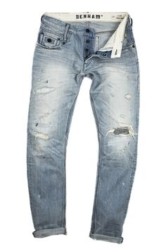 AFBespoke loves this - Great slimfit boyfriend jean with bleach and distressing.