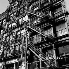 """Soho"", NY, 2011 • foto de Daniela Picoral disponível para venda hello@saudades.co • Limited edition fine art prints curated for the interior design market."