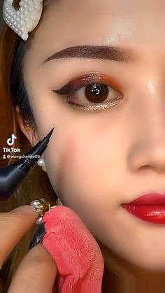 No Eyeliner Makeup, Aesthetic Pastel Wallpaper, Rings, Jewelry, Jewlery, Jewerly, Ring, Schmuck, Jewelry Rings