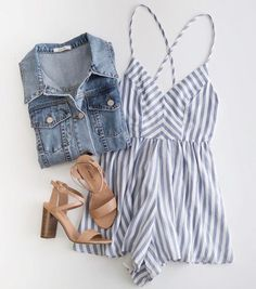 Cute casual summer outfit.